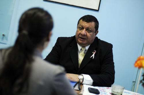 El Dr. Rudi Obregón, director del Roosevelt, habló del estado de salud de las pacientes.