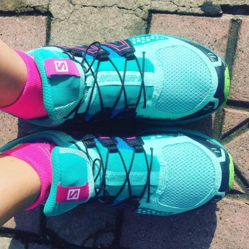 Estos son los zapatos de la próxima maratón. (Foto: Dina Fernández)