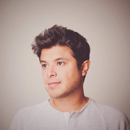 Carlos Rodríguez es guatemalteco y tiene actualmente 32 años.