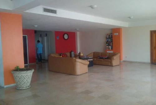 Recepción de los apartamentos Suites Miramar. (Foto: Cynthia Valdez)