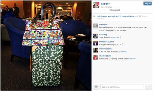 Su equipaje en Los Ángeles acompañado de una bolsa de Maria's Bag, su marca.