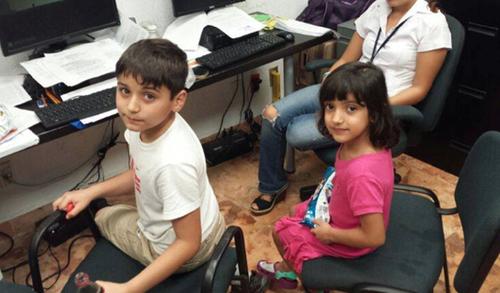 Los hijos de Cristina Siekavizza, en una foto de archivo cuando fueron localizados en México.