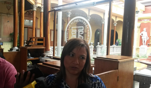 La Directora Electoral, Gloria López, explicó que se han detectado focos de conflictividad en 74 municipios. (Foto: Soy502)