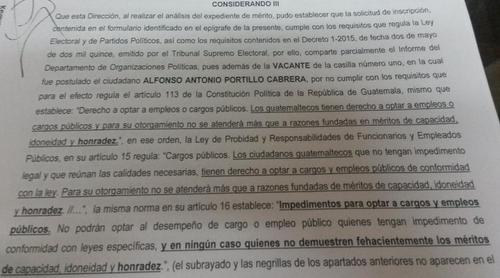 Esta es parte de la resolución con la que el Registro de Ciudadanos rechazó la inscripción de Alfonso Portillo (Foto: Soy502)