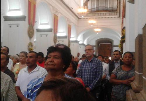 En la Catedral Metropolitana Velásquez participó de la misa del domingo.  (Foto: Radio Punto)