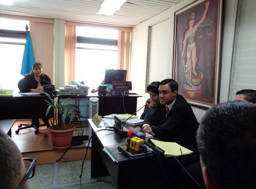 La declaración de Otto Molina Stalling duró unos 40 minutos. (Foto: Evelyn de León /Soy502)