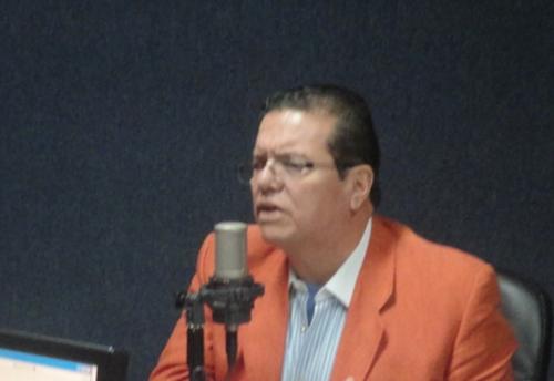 Mario Bolaños fungió como ministro de Salud en la administración de Alfonso Portillo y ha sido el médico de confianza de Efraín Ríos Montt. (Foto: Emisoras Unidas)