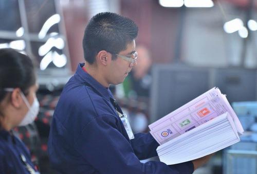 La impresión de papeletas continúa. Inició el pasado lunes. (Foto: Archivo/Soy502)