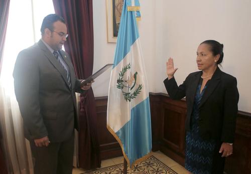 Lucía Armas fue juramentada como nueva viceministra de Cultura. (Foto: Presidencia)
