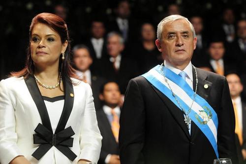Baldetti y Pérez Molina durante la toma de posesión en 2012. (Foto: Archivo/EFE)