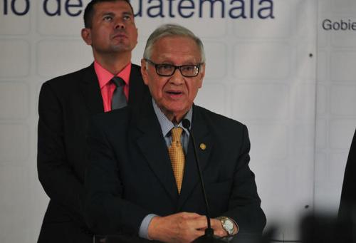 El presidente Maldonado aseguró que hay personas que se oponen a la construcción del proyecto para las familias víctimas de la tragedia de El Cambray II. (Foto: Alejandro Balán/Soy502)