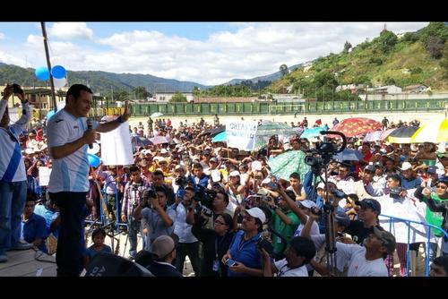 Durante la campaña política, Jimmy Morales afirmaba que ningún violador de derechos humanos estaba en el FCN. (Foto: Archivo/Soy502)