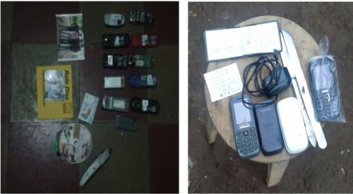 Durante los allanamientos se localizaron 15 celulares y varias armas blancas. (Foto MP)