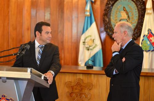 Jimmy Morales, sin experiencia en la administración pública, deberá buscar apoyo en Álvaro Arzú para el nuevo periodo de gobierno. (Foto: Archivo/Soy502)