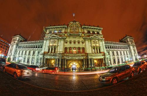 En el Palacio Nacional de la Cultura se juramentará a los nuevos Ministros. (Foto: Archivo/Soy502)