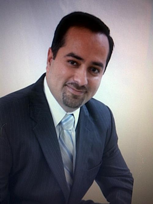 El diputado Jairo Flores no se presentó al hemiciclo, porque murió su abuela. (Foto: Facebook/Jairo Flores)