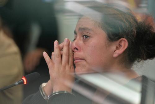"""""""La Diabla"""" aseguró que su familia le insistía en que acabara con la relación sentimental que sostenía con """"El Chino"""". (Foto Wilder López/Soy502)"""