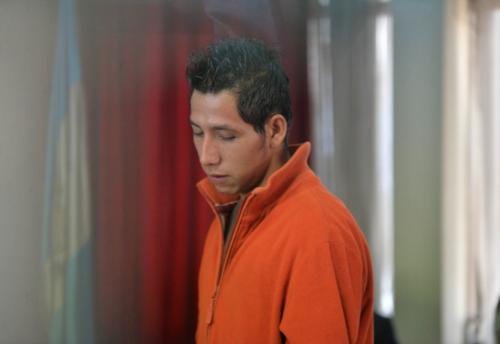 """De acuerdo a la investigación, """"El Chino"""", fue uno de los que colocó el artefacto explosivo en el interior del autobús. (Foto Wilder López/Soy502)"""