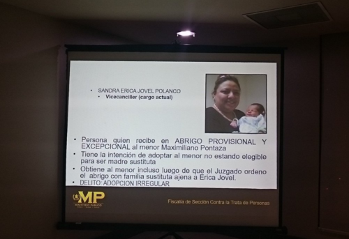 Jovel habría publicado fotografías con el pequeño Maximiliano, según las pesquisas del MP.