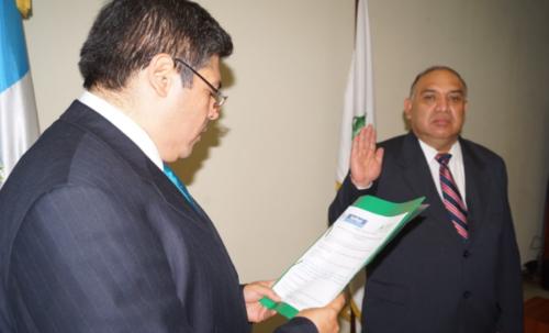 José Manuel Álvarez era director del RIC cuando Juan Carlos Monzón fue el enlace de la entidad con Roxana Baldetti. (Foto: Comunicación Abierta/Blogspot)