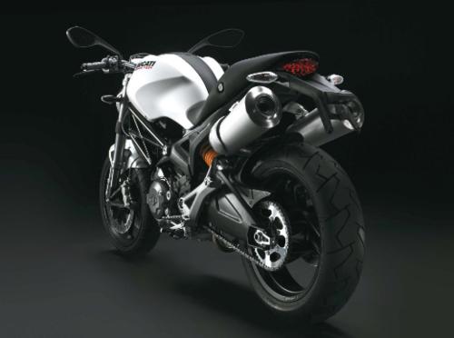 Entre los beneficios de Beltranena figuran una motocicleta Kawasaki y una Ducati Monster blanca. (Foto ilustrativa de Motos.net)