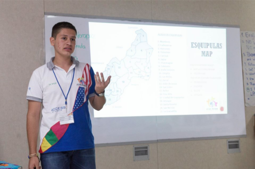 Los jóvenes presentaron sus proyectos durante el Congreso Access 2016, organizado por la Embajada de Estados Unidos en Guatemala. (Foto: Embajada americana)
