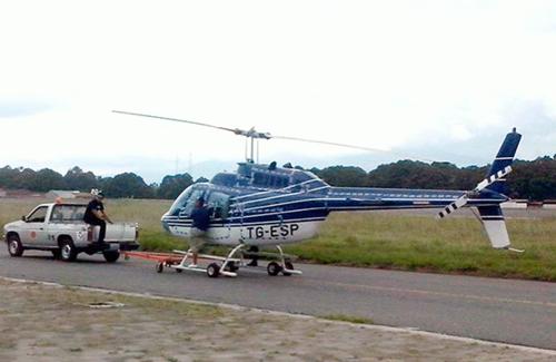 Este es el helicóptero TG-ESP que originalmente tenía la matrícula TG- ORA por Otto Pérez, Roxana Baldetti y Alejandro Sinibaldi. (Foto: ElPeriódico)