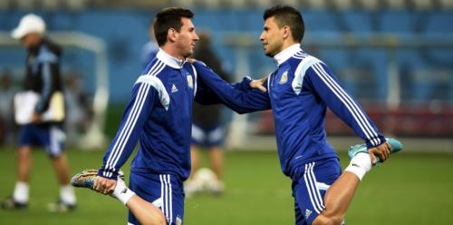 Sergio y Leo durante un entreno de Argentina. (Foto: Olé)