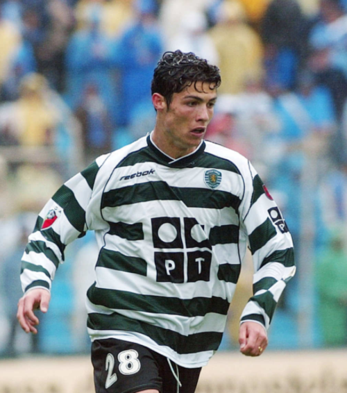 "CR7, con el ""28"" en el uniforme del Sporting. (Foto: 101GreatGoals.com)"