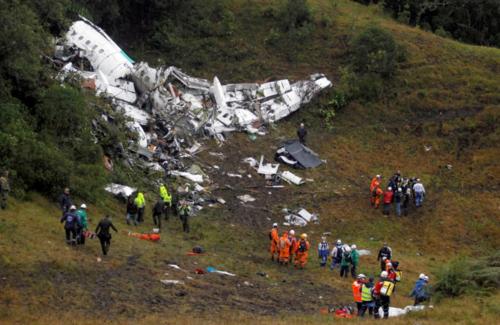 De alguna forma, Hélio Neto sobrevivió al desastre. (Foto: AFP)