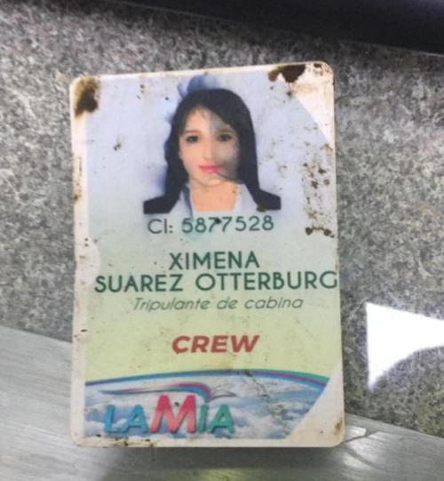 La tripulante de cabina tenía su identificación y por eso la reconocieron rápidamente. (Foto: Infobae)