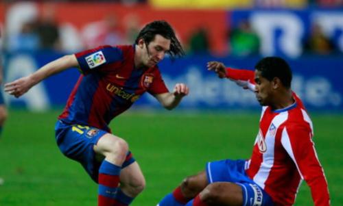 Cléber Santana, en una acción con Leo Messi. (Foto: Goal.com)