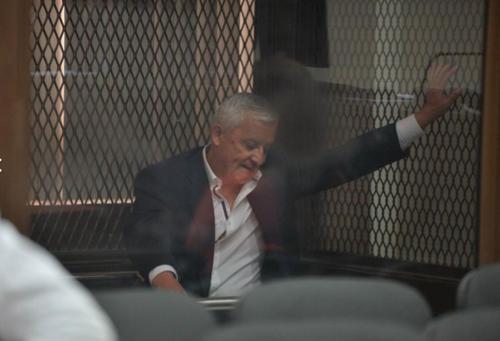 El exmandatario permanece en prisión preventiva por su participación en los casos denominados La Línea y Cooptación del Estado. (Foto: Archivo/Soy502)