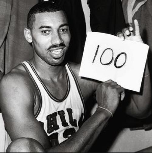 Wilt Chamberlain, el histórico de los cien puntos. (Foto: Wikipedia)