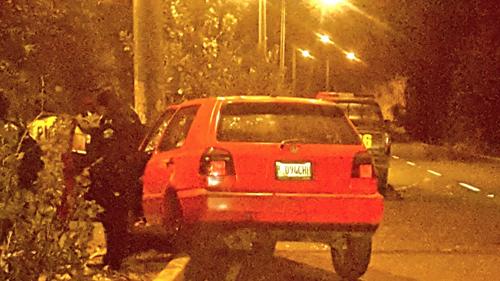 El conductor de este vehículo sufrió un accidente en San Cristóbal. (Foto: Twitter/Luciano Velásquez)