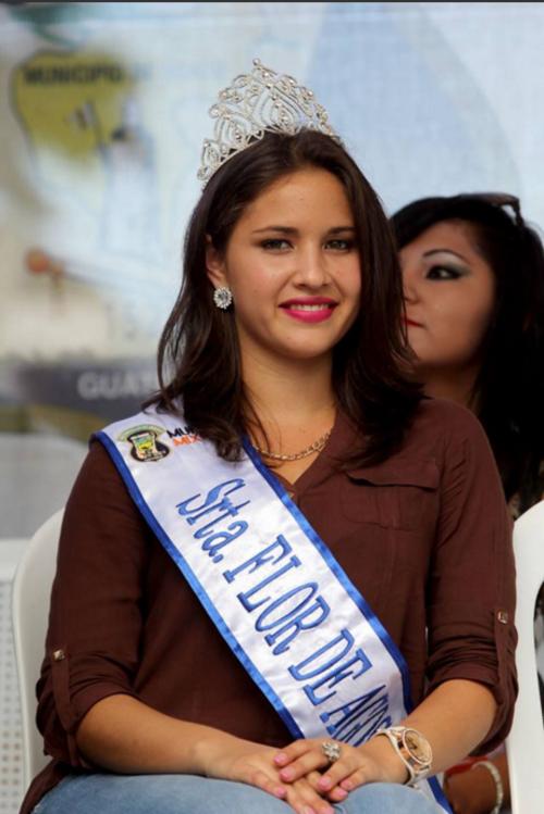 """La """"Flor de Agosto de Mixco"""", Saraí Portillo, gana 4 mil 500 quetzales al mes en la Municipalidad de Mixco. (Foto: Municipalidad de Mixco)"""