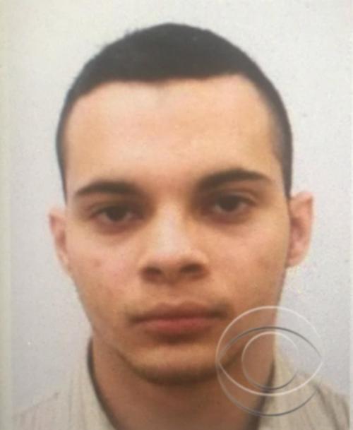 La familia confirmó que Santiago viajaría hacia el aeropuerto en el que se registró el ataque. (Foto: Badoo/Esteban Santiago)