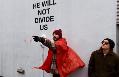 La participación del actor en la protesta ha sido constante, aunque no permanente. (Foto: AFP)