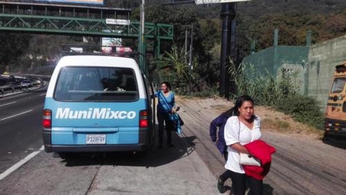 El servicio también es utilizado por vecinos de comunidades cercanas a Lo de Coy. (Foto: Facebook/Neto Bran)