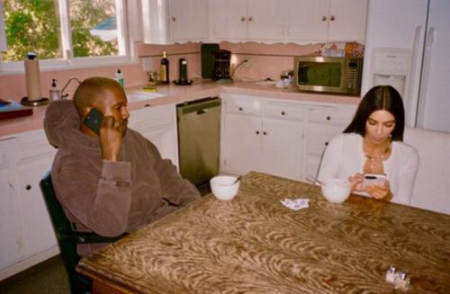 Kim comparte fotos de el día a día de su familia. (Foto: captura de pantalla)