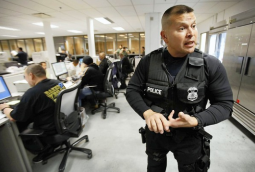 El titular de la ICE aseguró que los inmigrantes detenidos serán enviados a su país de origen en las próximas horas. (Foto: Migrare.wordpress)