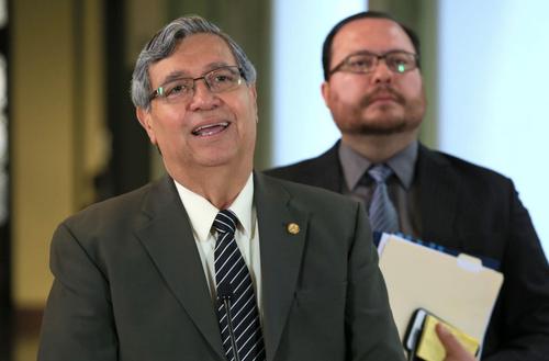 El vicepresidente Jafeth Cabrera, confirmó que los rumores sobre el Golpe de Estado ya se discutió en el Gabinete de Seguridad. (Foto: Archivo/Soy502)