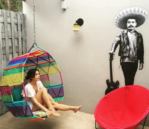 La modelo mexicana Camila Sodi es el nuevo amor del delantero mexicano. (Foto: Instagram)