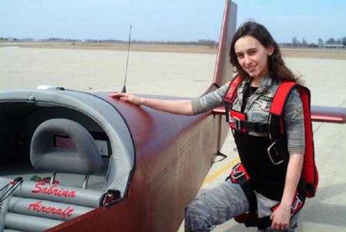 Sabrina González construyó un avión cuando tenía 9 años e hizo que volara a la edad de 14. (Foto: Sabrina Aircraft)