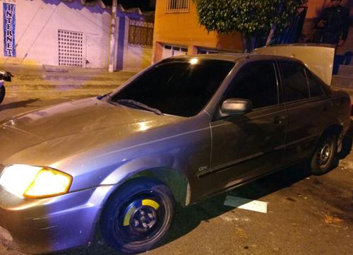 Este es uno de los vehículos desde el cual se realizó uno de los ataques. (Foto: PNC)