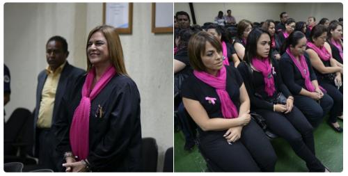 Un grupo de mujeres se presentó para apoyar a Anahí Keller. (Foto: Elaboración Propia/Wilder López/Soy502)