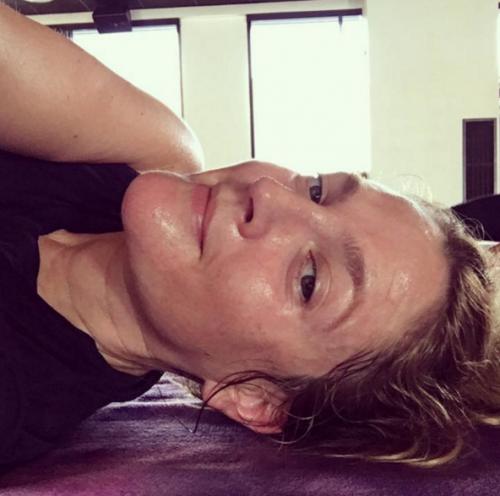 Drew usó el yoga y la meditación para bajar de peso. (Foto: Instagram)