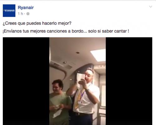 La canción fue interpretada a la llegada del vuelo al aeropuerto de Gran Canaria.