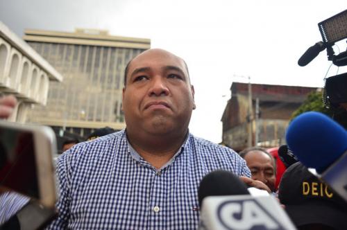 Benjamin Estrada a su llegada a la Torre de Tribunales. (Foto: Jesús Alfonso/Soy502)
