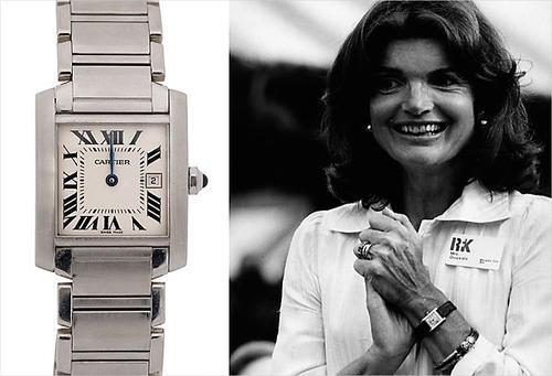 """La esposa del presidente John F. Kennedy, la llamada """"princesa de Camelot"""", Jackeline Kennedy Onassis, usaba un Tank de Cartier con brazalete de cuero."""